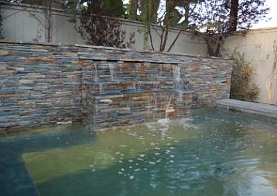 Pool / spa with waterfall