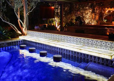 shady-canyon-pool-bar-hottub-fountain-07
