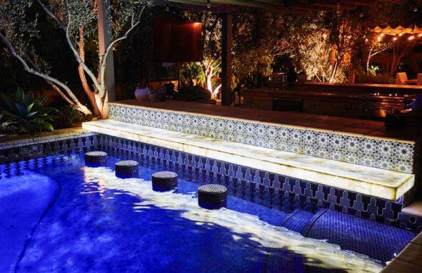 shady-canyon-pool-bar-hottub-fountain-07