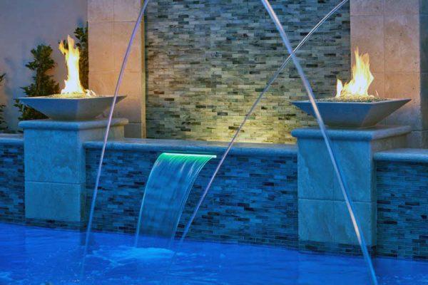 south-redondo-beach-pool-bar-hottub-fountain-04