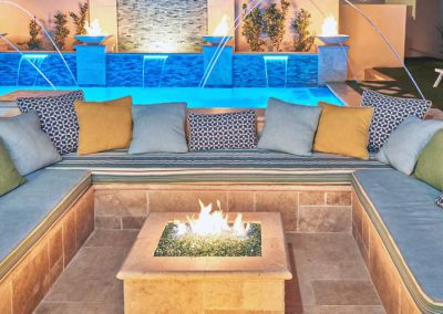 south-redondo-beach-pool-bar-hottub-fountain-13