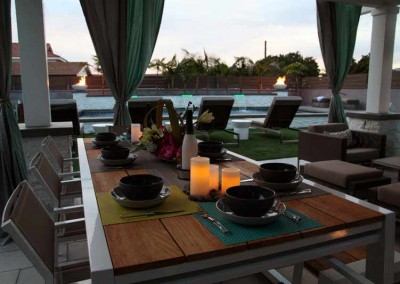 Dine outside with your family in casual luxury