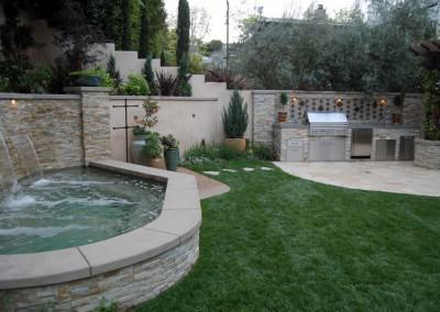 The Winns - Outdoor kitchen and spa